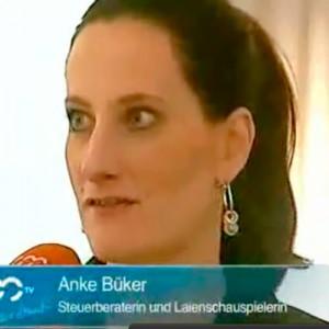 """Bericht über die Premierenveranstaltung von """"Die Blonde und der Betriebsprüfer"""""""