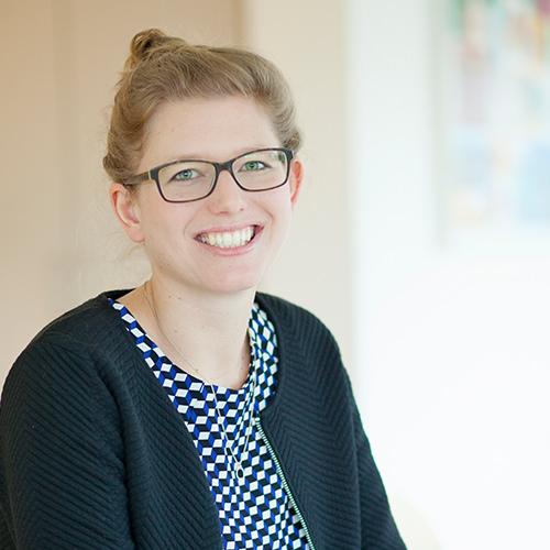 Nadja Pötzl, Zertifizierte Fachkraft für das Ärzte- und Zahnärztemandat (IFU/ISM), Steuerfachwirtin in Bocholt
