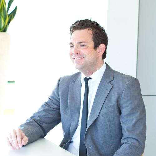 Jan-Bernd Schlütter, Dipl.-Volkswirt, Wirtschaftsprüfungsassistent in Düsseldorf
