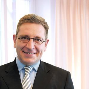 Frank Sichau, Dipl.-Ökonom, Wirtschaftsprüfer, Steuerberater in Düsseldorf